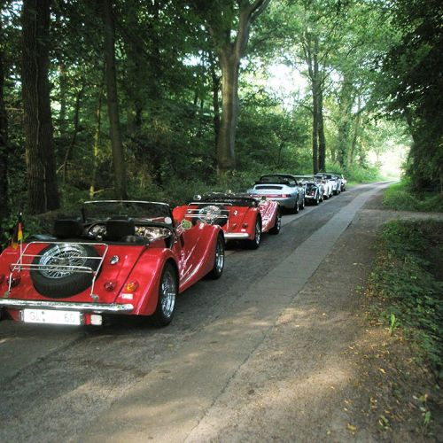 route-66-morgan-club-im-wald.jpg